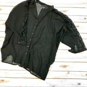 Loose Sheer Lace Quarter Sleeve Black Top